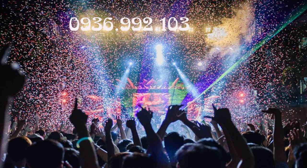 Tiệc cuối năm EDM sôi động